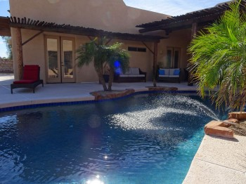 5 different rooms open up directly to the pool!