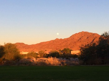 Go up to the viewing deck to watch the moon rise over the mountains!